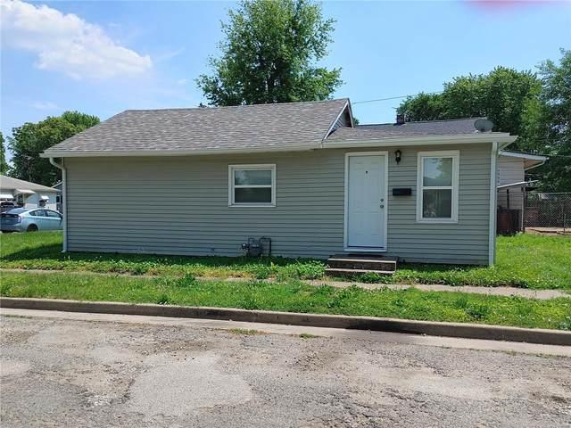 2949 Warren Avenue F, Granite City, IL 62040 (#21041068) :: Hartmann Realtors Inc.