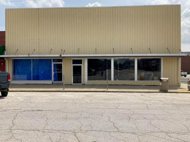 513 S Main, Carrollton, IL 62016 (#21041091) :: RE/MAX Vision