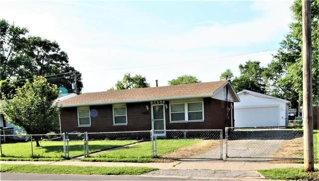 2421 Saint Clair, Granite City, IL 62040 (#21041097) :: Hartmann Realtors Inc.