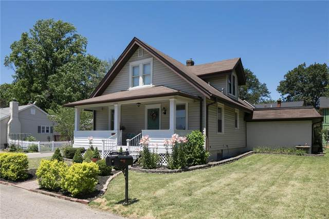 10439 Garibaldi Place, Frontenac, MO 63131 (#21041411) :: Hartmann Realtors Inc.
