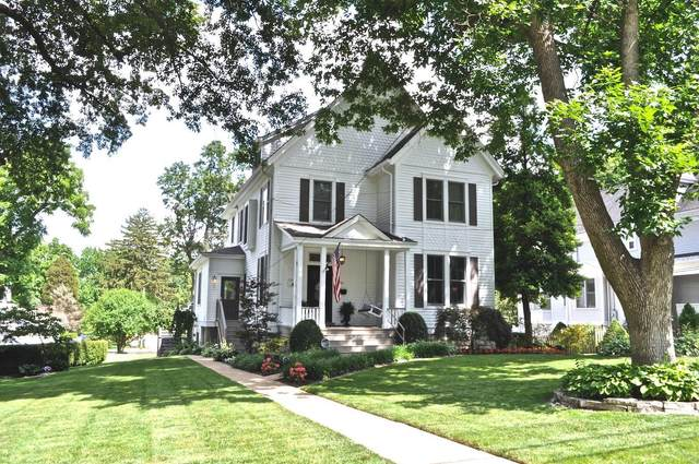 130 Plant Avenue, Webster Groves, MO 63119 (#21041437) :: Parson Realty Group
