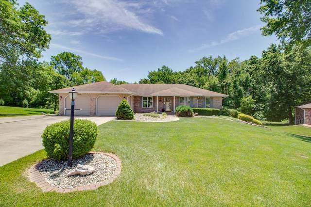 2612 Jamison Drive, Alton, IL 62002 (#21041629) :: Jeremy Schneider Real Estate