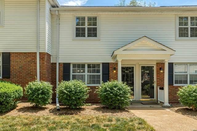 9122 N Swan Circle, St Louis, MO 63144 (#21041704) :: Reconnect Real Estate