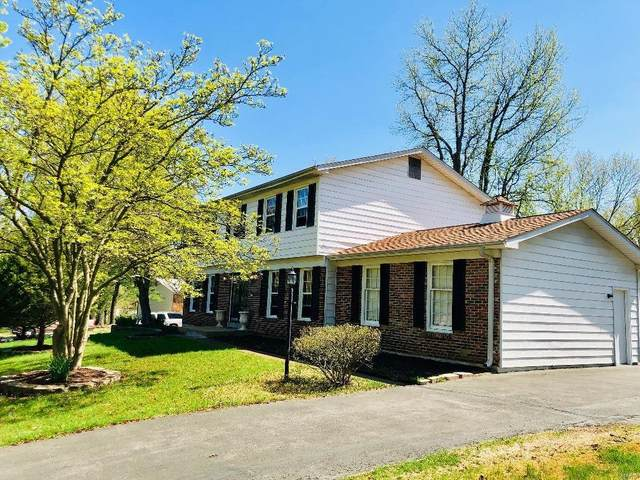 1771 Seven Pines Drive, St Louis, MO 63146 (#21041805) :: Jeremy Schneider Real Estate