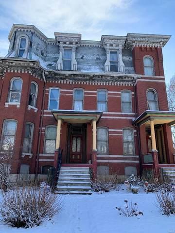 St Louis, MO 63107 :: Walker Real Estate Team