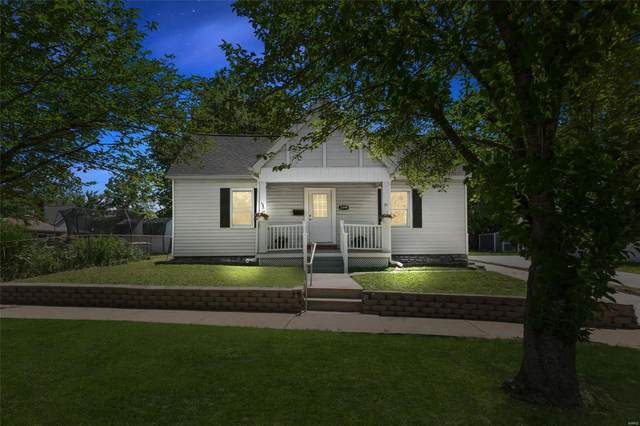 2844 Oakland Avenue, St Louis, MO 63143 (#21041877) :: Kelly Hager Group | TdD Premier Real Estate