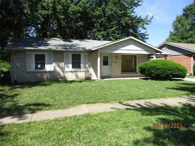 2247 Foggy Bottom Drive, Florissant, MO 63031 (#21042484) :: The Becky O'Neill Power Home Selling Team
