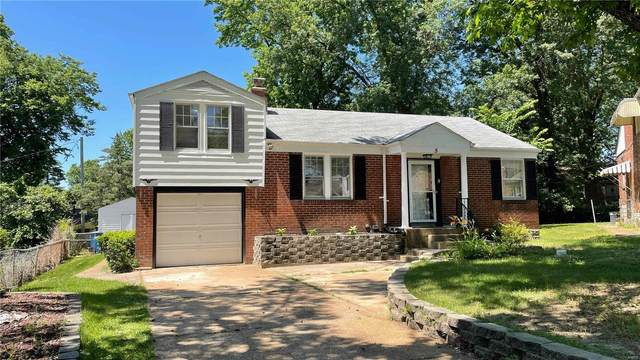 5 Kings Court, St Louis, MO 63135 (#21042517) :: The Becky O'Neill Power Home Selling Team