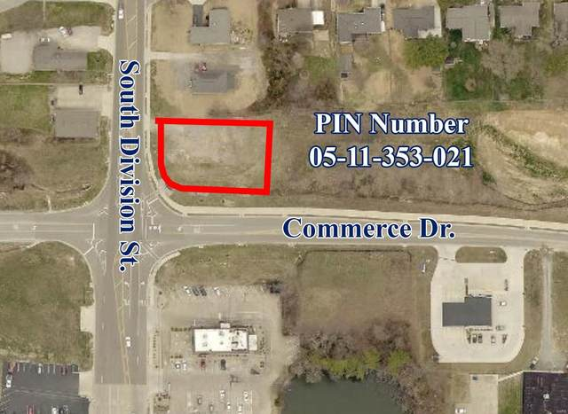 1300 S Division, CARTERVILLE, IL 62918 (#21042744) :: Jenna Davis Homes LLC