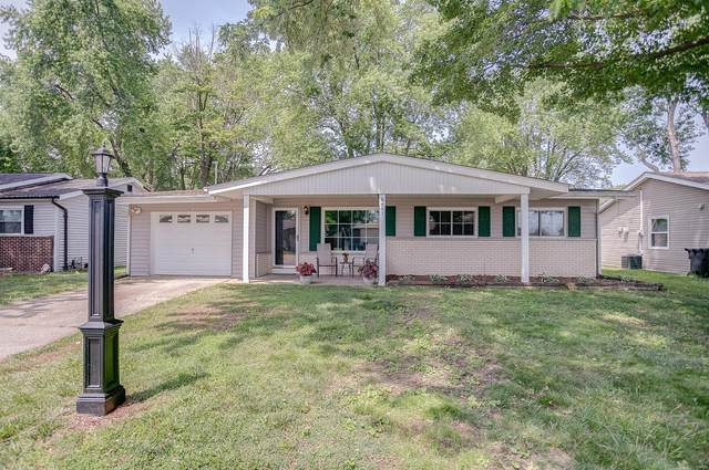 901 Coral Drive, Fairview Heights, IL 62208 (#21042779) :: Tarrant & Harman Real Estate and Auction Co.