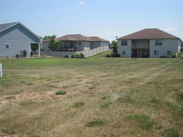 120 Boulder, RED BUD, IL 62278 (#21042897) :: The Becky O'Neill Power Home Selling Team