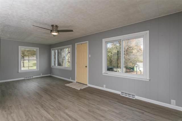 1014 Prickett Ave, Edwardsville, IL 62025 (#21043154) :: Fusion Realty, LLC
