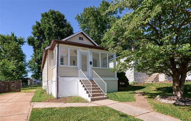 9422 Marlowe Avenue, St Louis, MO 63114 (#21043238) :: The Becky O'Neill Power Home Selling Team