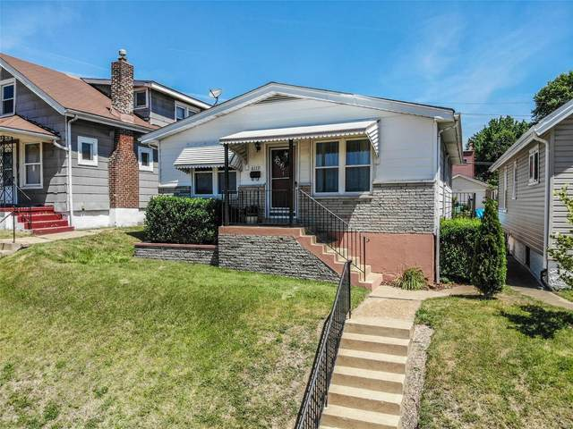 6119 Roberts Avenue, St Louis, MO 63139 (#21043243) :: Reconnect Real Estate