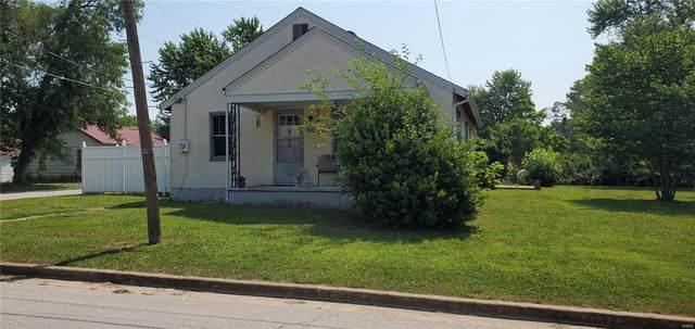 900 S Warfel, Salem, MO 65560 (#21043337) :: The Becky O'Neill Power Home Selling Team