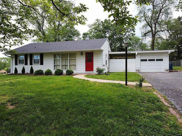 105 Robin Hill, Ballwin, MO 63021 (#21043513) :: St. Louis Finest Homes Realty Group