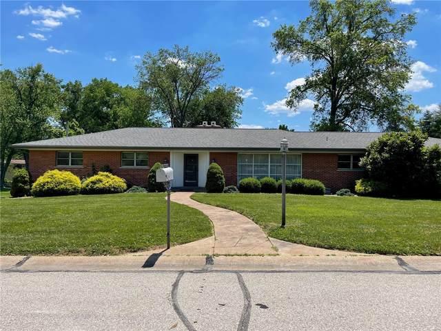 6 Marbrooke Lane, St Louis, MO 63132 (#21043515) :: Peter Lu Team