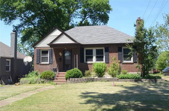 9101 Meadowbrook Lane, St Louis, MO 63114 (#21043780) :: Clarity Street Realty