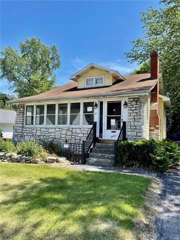 2905 Hillcrest Avenue, Alton, IL 62002 (#21043885) :: Jenna Davis Homes LLC