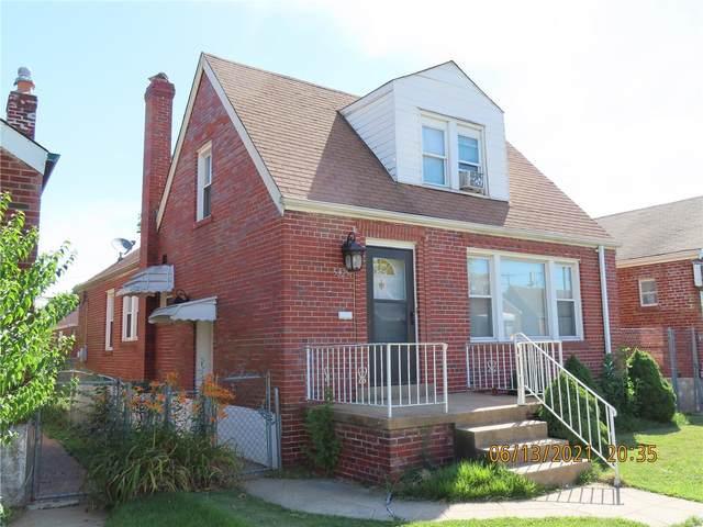 5825 Mcarthur Avenue, St Louis, MO 63120 (#21043930) :: Parson Realty Group