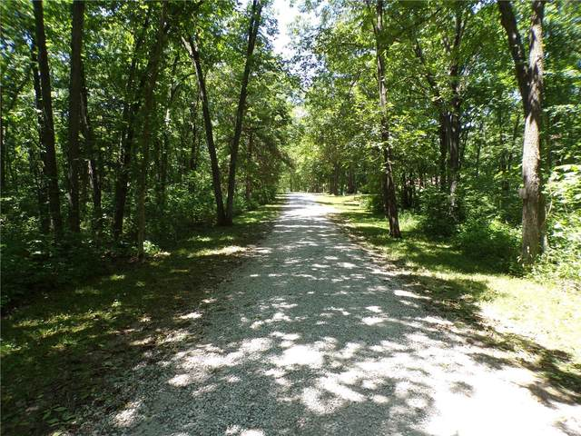 2526 Green Ranch Est, Stoutsville, MO 65283 (#21044036) :: RE/MAX Professional Realty