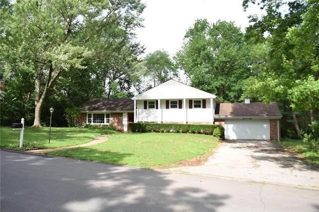 1101 Thornwood Drive, Ladue, MO 63124 (#21044067) :: Clarity Street Realty