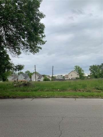 5545 Clemens Avenue, St Louis, MO 63112 (#21044314) :: Realty Executives, Fort Leonard Wood LLC