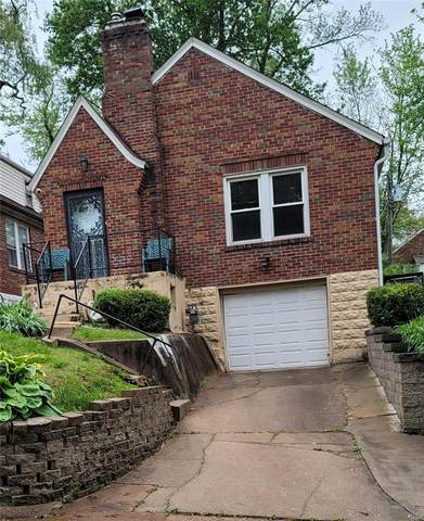 4215 Colonial, Northwoods, MO 63121 (#21047322) :: Parson Realty Group