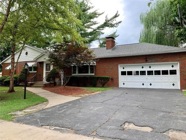 3337 Redbud Avenue, Granite City, IL 62040 (#21047369) :: Parson Realty Group