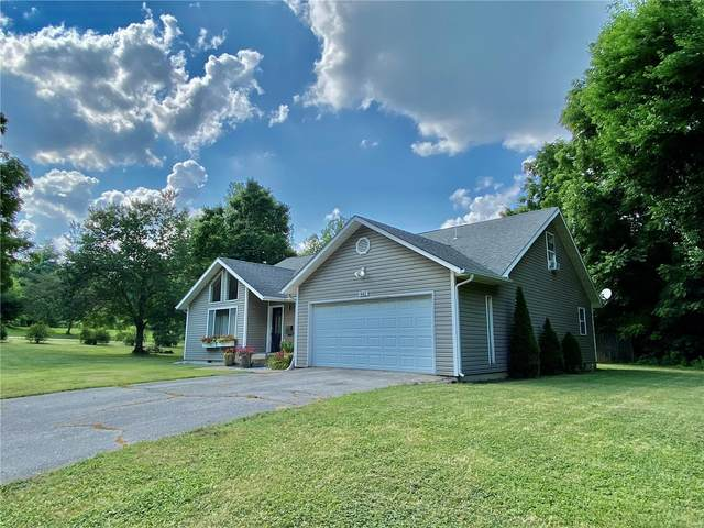 842 W Madison, Lebanon, MO 65536 (#21047405) :: The Becky O'Neill Power Home Selling Team