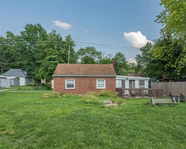 810 Ruskin Avenue, Edwardsville, IL 62025 (#21047645) :: Parson Realty Group