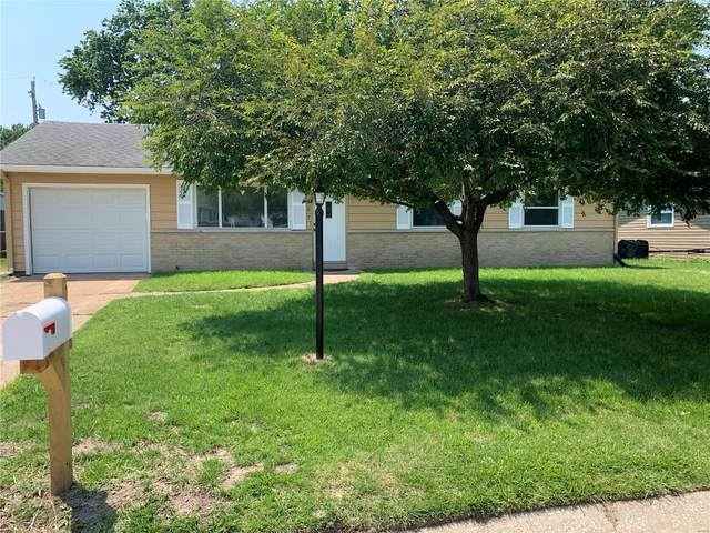 807 Coral Drive, Fairview Heights, IL 62208 (#21047722) :: Fusion Realty, LLC