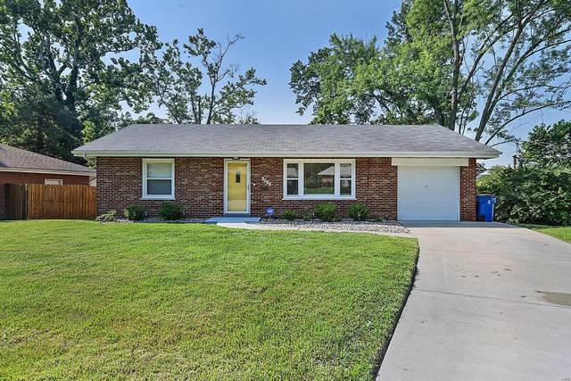 1332 Willingham Drive, St Louis, MO 63121 (#21047726) :: Parson Realty Group