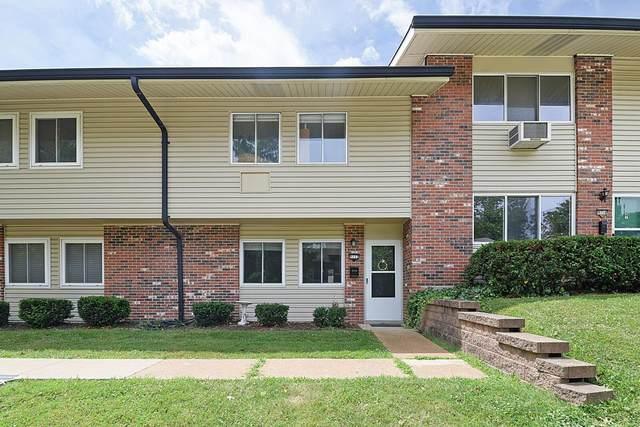 9112 Villaridge Court, St Louis, MO 63123 (#21048255) :: Reconnect Real Estate