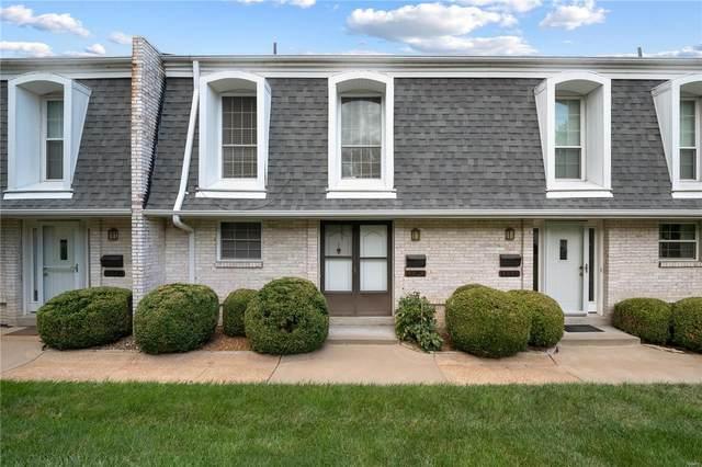 4339 Chateau De Ville Drive, St Louis, MO 63129 (#21048812) :: Kelly Hager Group   TdD Premier Real Estate