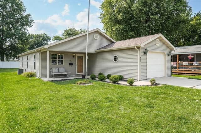 423 S Illinois Avenue, LITCHFIELD, IL 62056 (#21048835) :: Fusion Realty, LLC