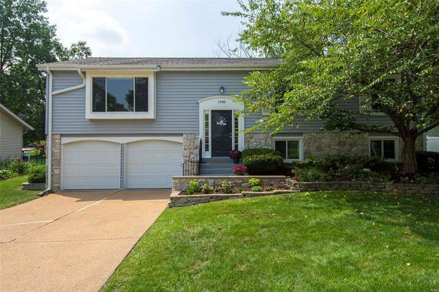 1300 Mautenne Drive, Manchester, MO 63021 (#21049081) :: Parson Realty Group