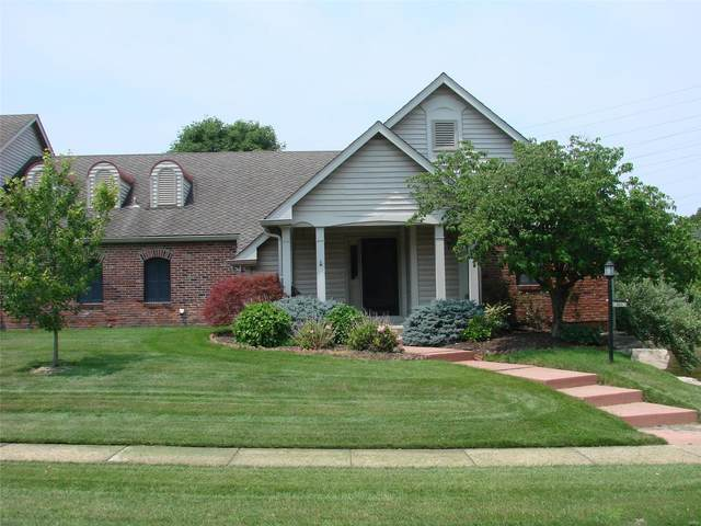401 Conway Meadows Drive, Chesterfield, MO 63017 (#21049162) :: The Becky O'Neill Power Home Selling Team