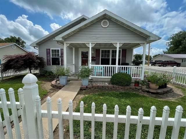 702 E Pearl Street, Jerseyville, IL 62052 (#21049406) :: Fusion Realty, LLC
