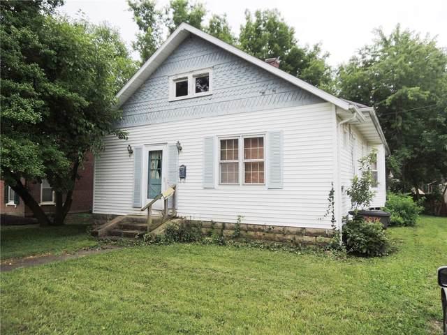 316 E Main Street, Greenville, IL 62249 (#21050079) :: Clarity Street Realty