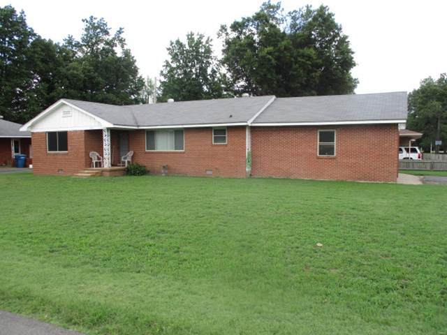 702 W Broadwater Road, Malden, MO 63863 (#21050163) :: Parson Realty Group