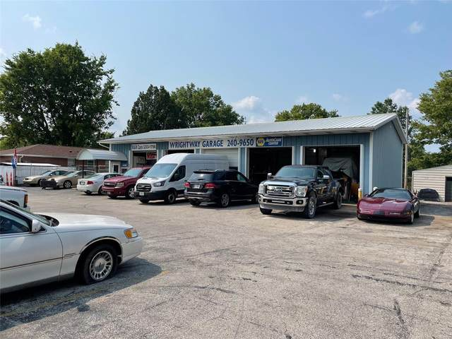 8813 Veterans Memorial Parkway, O'Fallon, MO 63366 (#21051538) :: Jeremy Schneider Real Estate