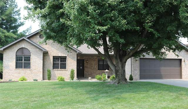 948 Stone Creek Lane, Belleville, IL 62223 (#21051561) :: The Becky O'Neill Power Home Selling Team