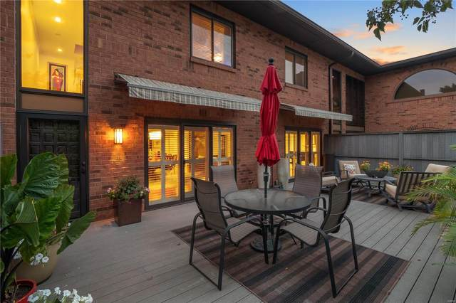 8020 Pershing Avenue, St Louis, MO 63105 (#21051846) :: Mid Rivers Homes