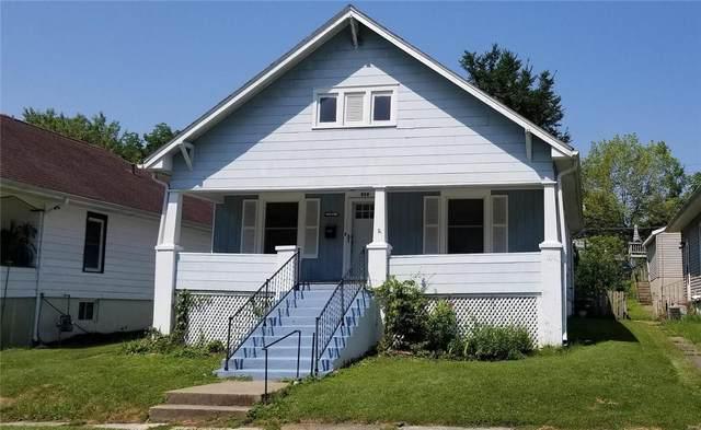 329 Magnolia Ave., Hannibal, MO 63401 (MLS #21052318) :: Century 21 Prestige