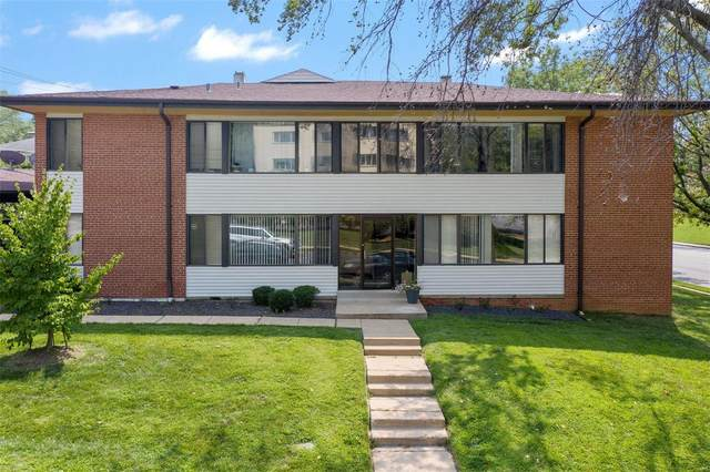 8056 Venetian Drive #2, St Louis, MO 63105 (#21052322) :: Mid Rivers Homes