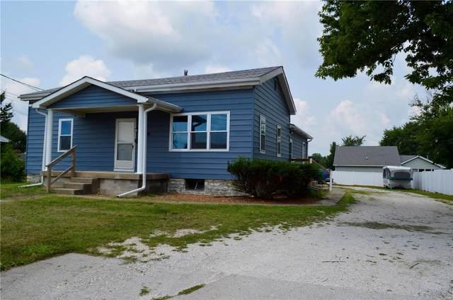 805 E Franklin Avenue, Jerseyville, IL 62052 (#21052333) :: Parson Realty Group