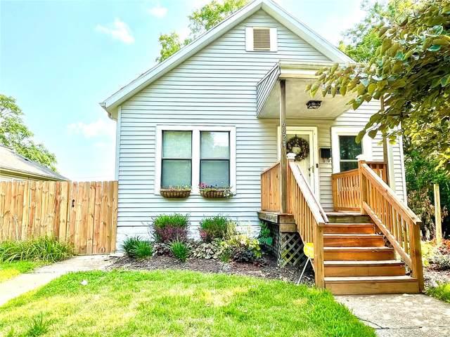 6624 Chamberlain Avenue, St Louis, MO 63130 (#21052503) :: Jeremy Schneider Real Estate