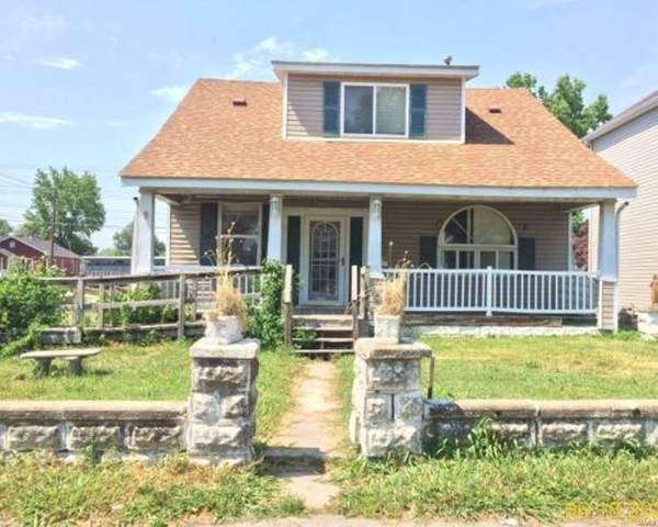 1701 5th Street, Madison, IL 62060 (#21052813) :: Innsbrook Properties