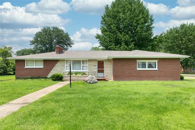 7406 Cedar Drive, Godfrey, IL 62035 (MLS #21053026) :: Century 21 Prestige